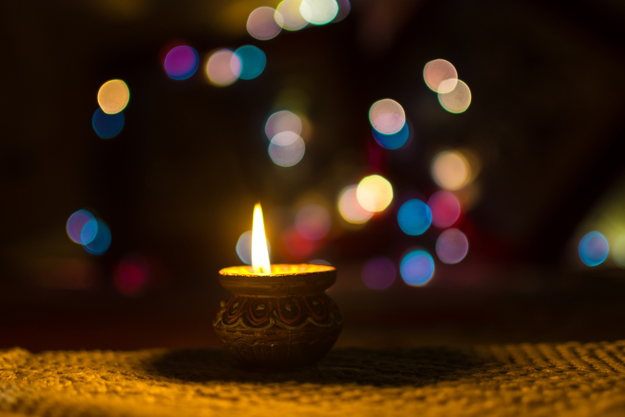 Why is it celebrated and how to celebrate a good Diwali